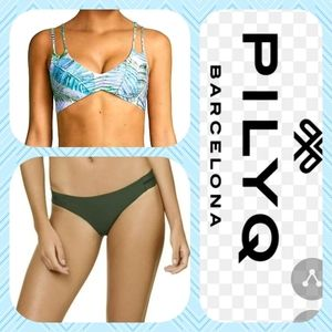 PilyQ Reversible Halter and Stitched Tab Bottom